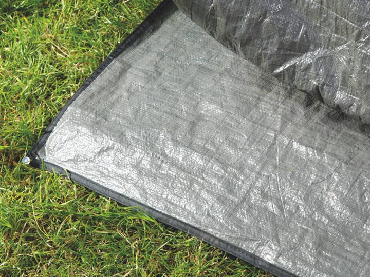 Unterlage für das Busvorzelt schützt den Zeltboden vor Schmutz, spitzen Teilen und Feuchtigkeit