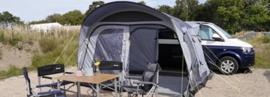 Luft und Schatten: Gut geschützt mit Zelt, Sonnensegel und Co
